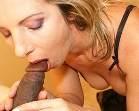 Slutty Granny Gloryhole Blowjob and Sex30969